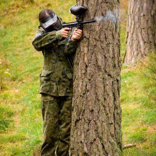 Paintball - Atak zza drzewa