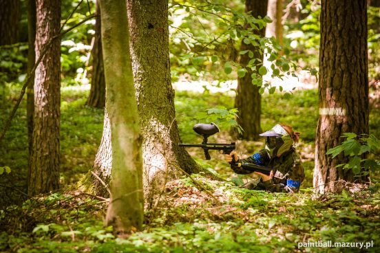 Paintball - Snajper w lesie