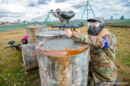 Paintball - Zza osłony